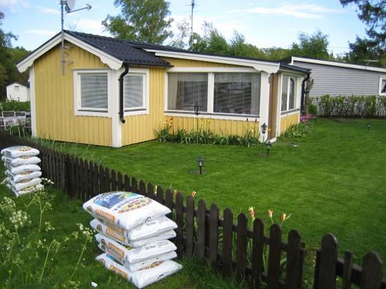 Jordsäckar  2006-05-25 Bild 020 Granudden Färjestaden Öland