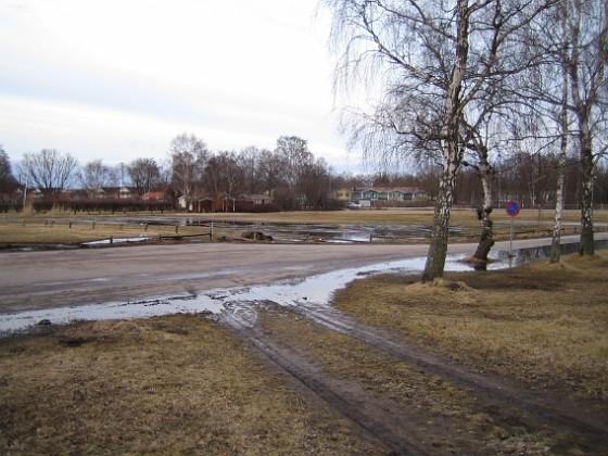 Hjulspår Varje vår är det rejält vattensjukt.&nbsp 2011-03-25 002 Granudden Färjestaden Öland