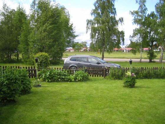 Gräsmattan Här en bild på den nyklippta gräsmattan.&nbsp 2015-05-30 IMG_0040 Granudden Färjestaden Öland