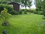 Utsikt över gräsmattan Och en utsiktsbild.. 2015-05-30 IMG_0060